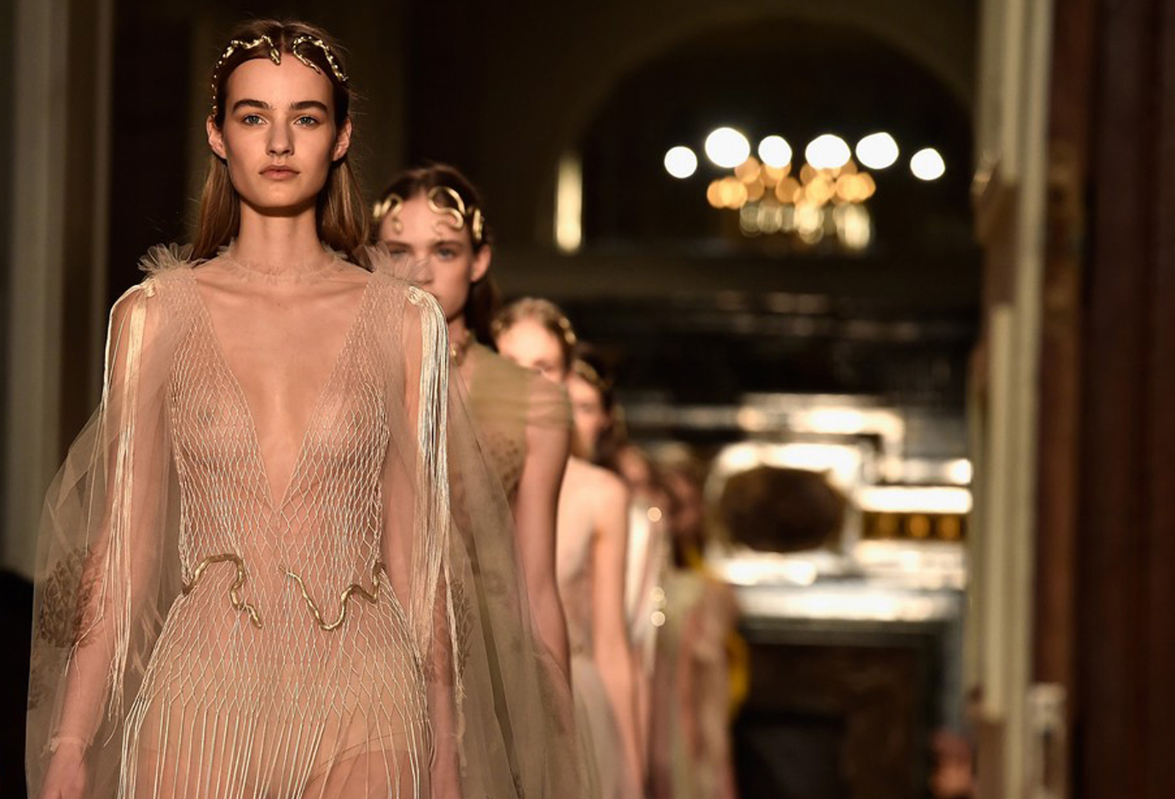 Valentino_Couture_SS16_9
